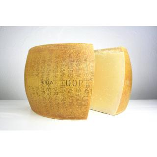 "Parmesan ""Parmigiano Reggiano DOP"", Kuh/Roh/Hart/T"